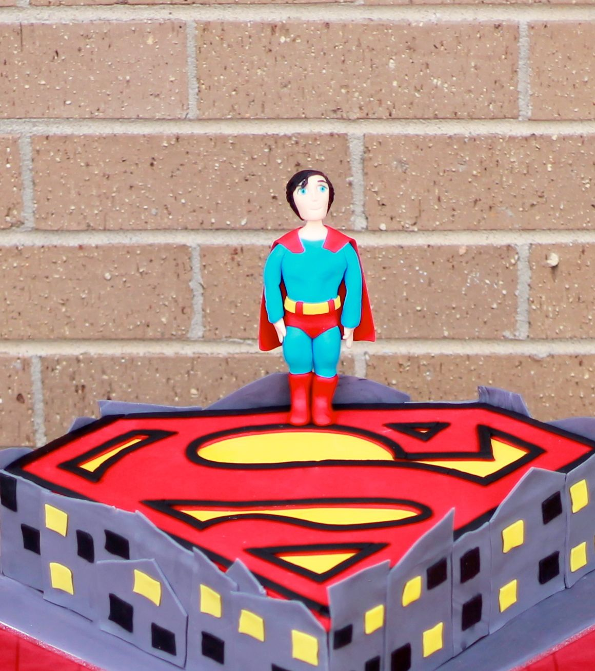 Superhero Cake – Superman
